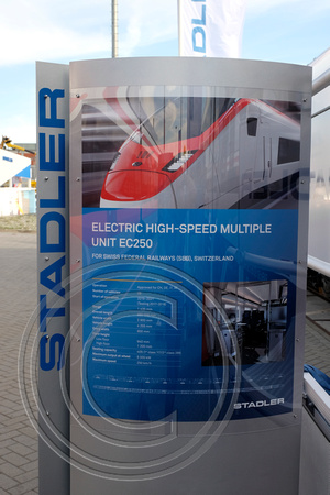 Stadler Electric High-Speed Multiple Unit EC250 DSF3815